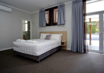 Lakes and Ocean Hotel Forster Accommodation-00005